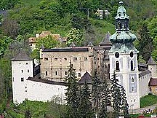 Spoznajte hrady a zámky na Slovensku 53424798513